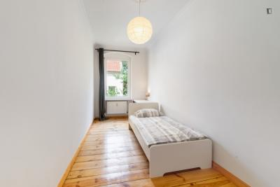 Comfy single bedroom in Neuköln