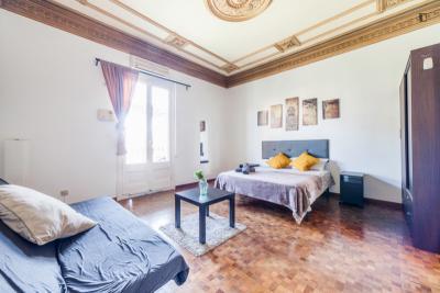 Homely double bedroom in Dreta de l'Eixample