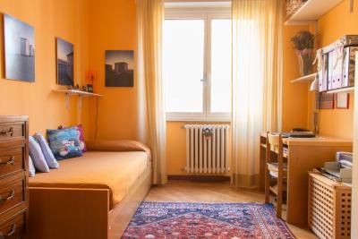 Very neat single bedroom in the Fornanini neighbourhood