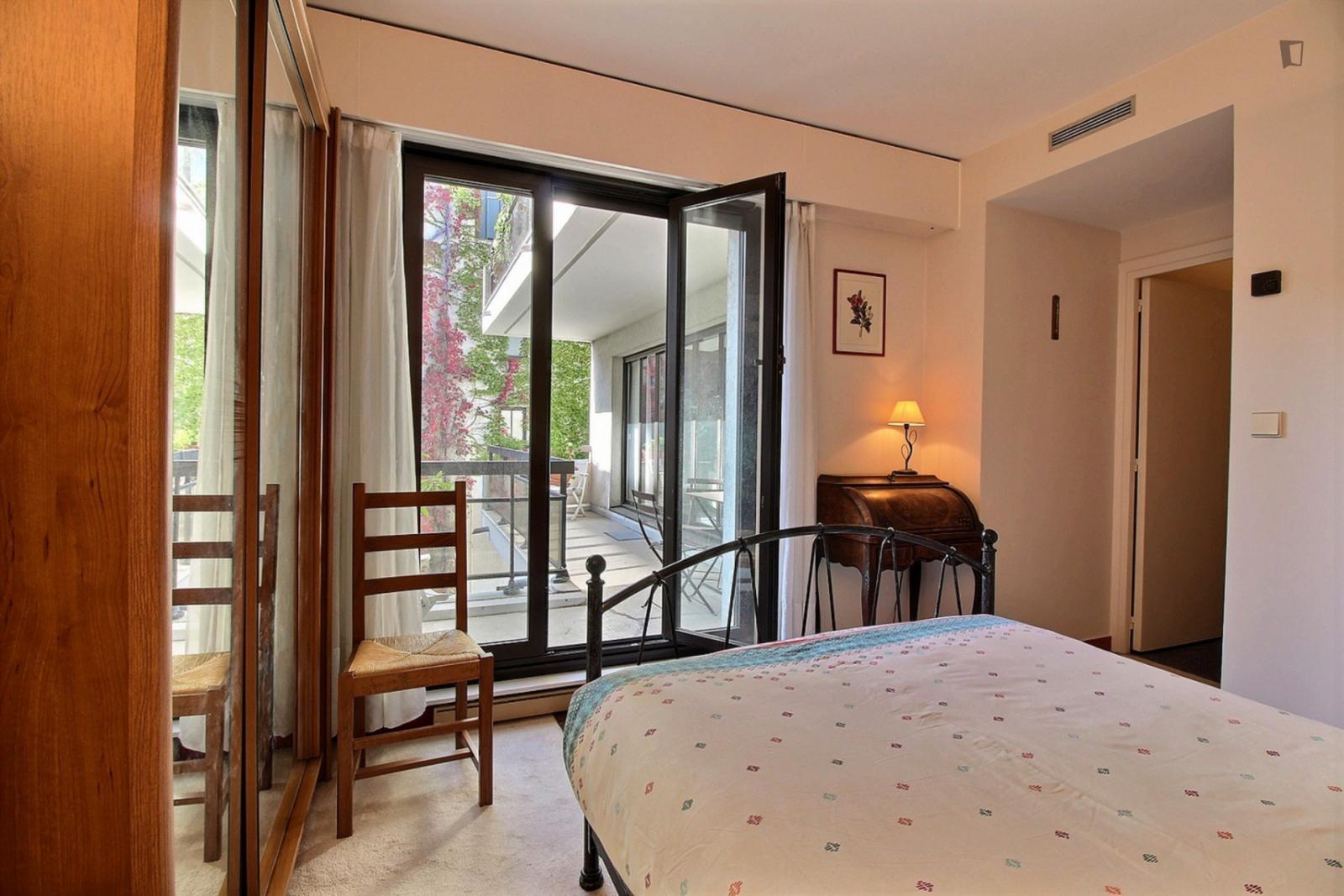 Rue Berger, 1st arrondissement of Paris, FR-75 - 2,864 EUR/ month