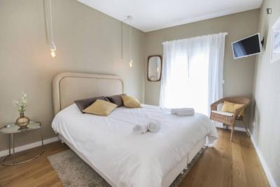 Super charming 1-bedroom apartment in classic Graça