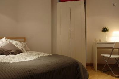 Double bedroom with no window near vibrant San Miguel Market