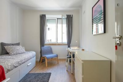 Pleasant single room in Penha de França