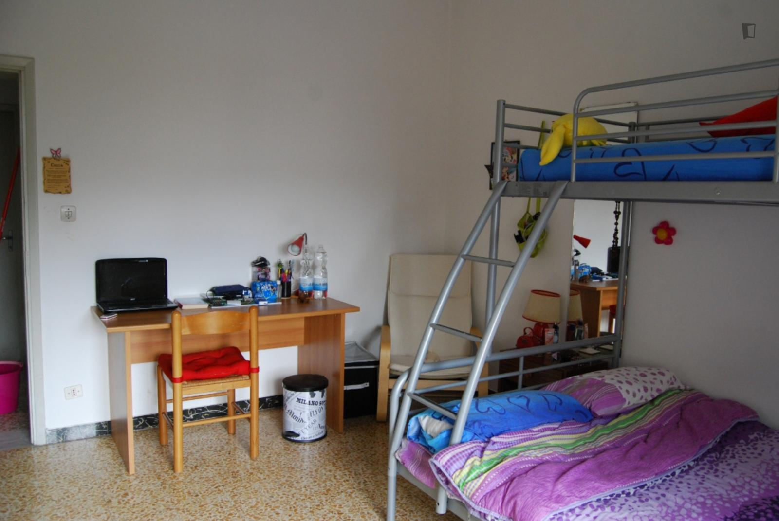 Via Augusto Novelli, Florence, WI - 350 USD/ month