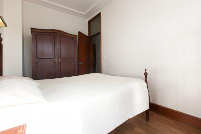 Alluring double bedroom close to Universidade do Porto