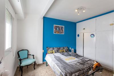 Spacious double bedroom in Ciutat vella
