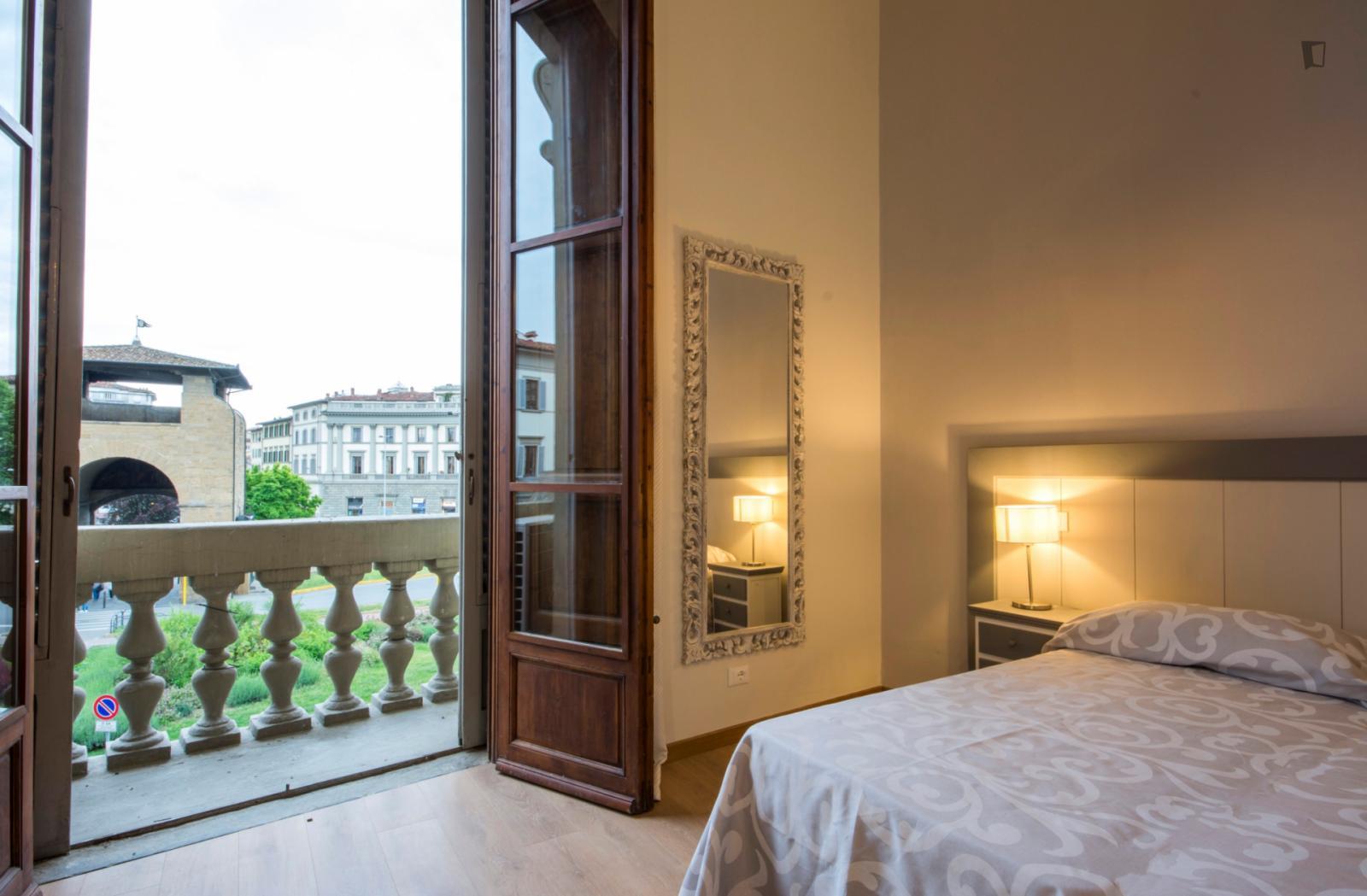 Piazza Beccaria - 1190EUR / month