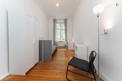 Really inviting single bedroom in Charlottenburg