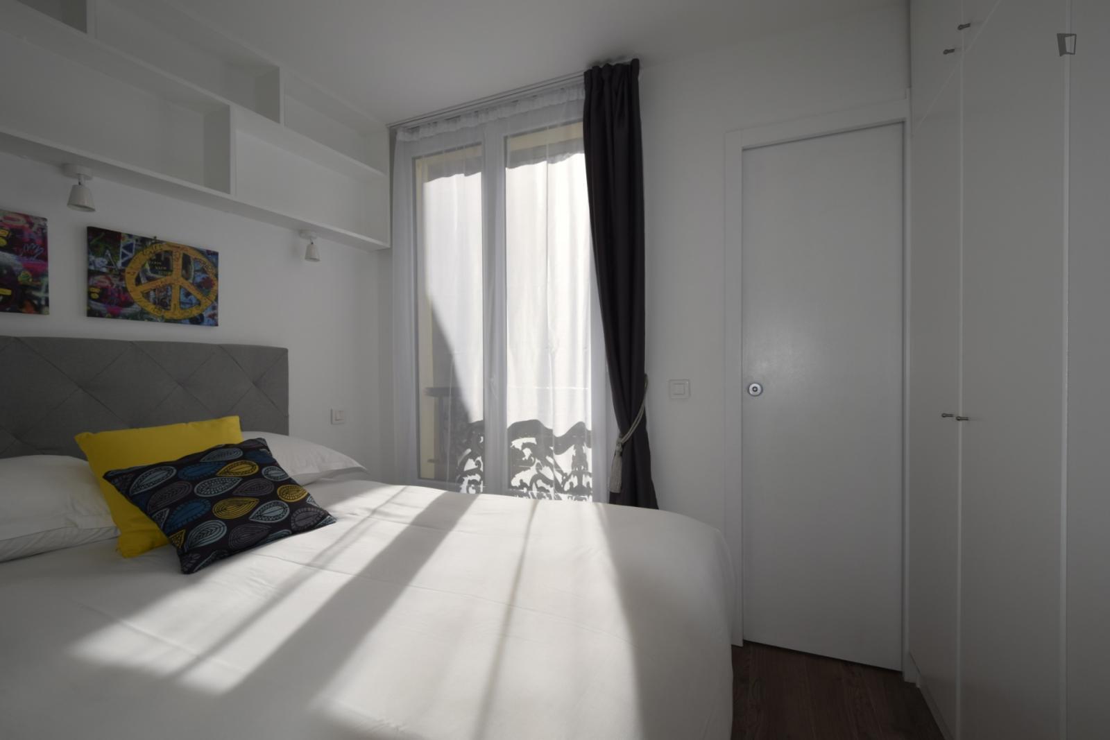 Rue des Petits Carreaux - 2317EUR / month