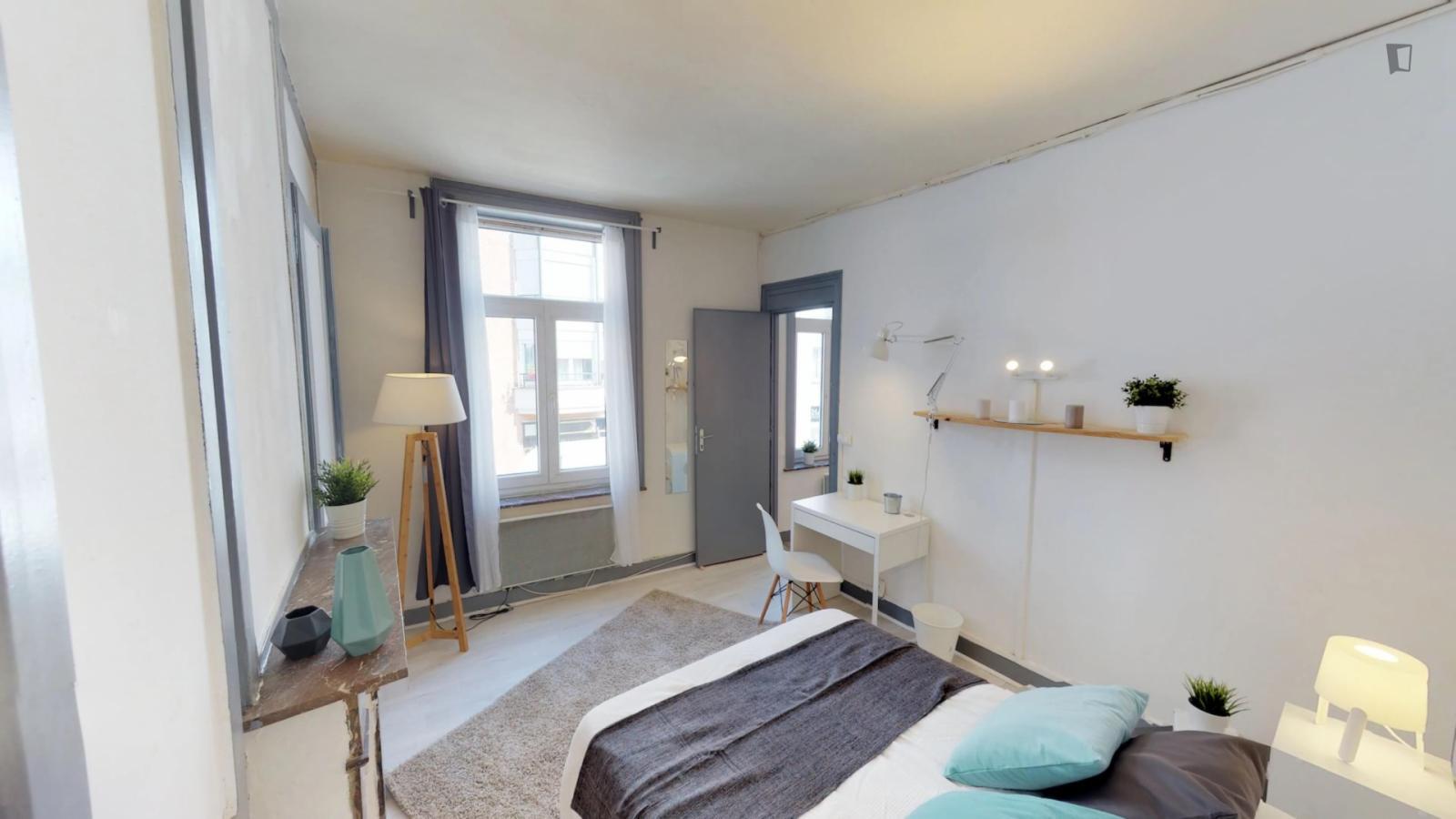 Rue Saint-Sébastien, Lille, FR-59 - 498 EUR/ month