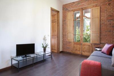 Inviting 2-bedroom apartment next to La Sagrada Familia