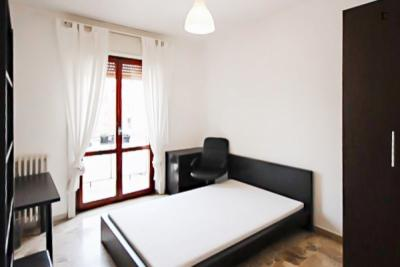 Elegant double bedroom in a 3-bedroom apartment near De Angeli metro station