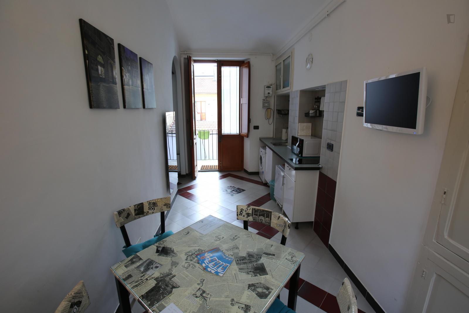 Via Rocciamelone, Turin, NY - 400 USD/ month