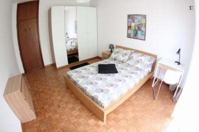 Well-decorated double room in Primaticcio neighbourhood