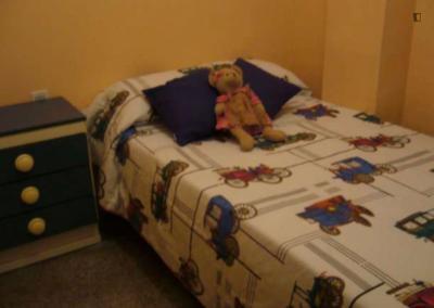 Nice single bedroom close to Escuela de Arte y Superior de Diseño de Valencia