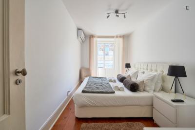 Charming 3-bedroom apartment near Baixa-Chiado metro station