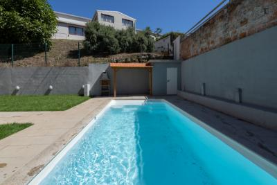 Sunny Bright Duplex  Pool by Host Wise