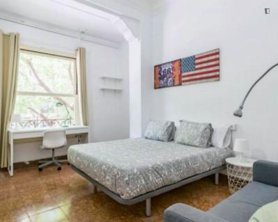 Gran Via Cool Rooms - Colon Market Exterior Room