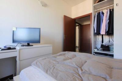 Comfortable double bedroom in a 5-bedroom apartment near De Angeli metro station