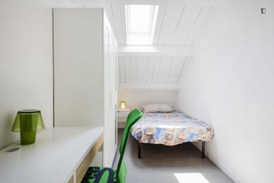 Delightful bedroom in Tor Vergata