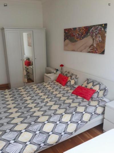 2-Bedroom apartment near Instituto Superior de Agronomia