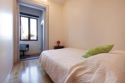 Compact 1-bedroom apartment in Cedofeita