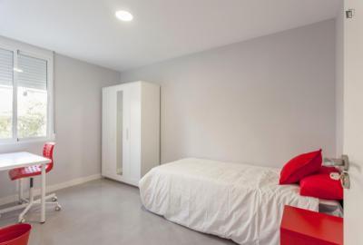 Modern Single Bedroom close to Universitat Politècnica de València