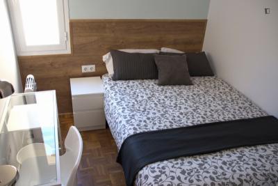 Beautiful double bedroom close to Parque de El Retiro