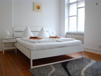 Charismatic double bedroom near the Ernst-Reuter-Platz metro
