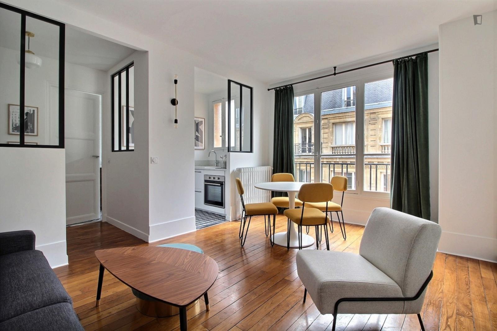 rue Choron, 9th arrondissement of Paris, FR-75 - 1,590 EUR/ month