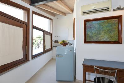Attractive 1-bedroom apartment near Sapienza Università di Roma