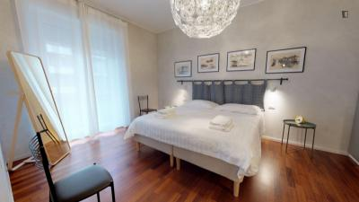 Classy 2-bedroom flat in Central Milan