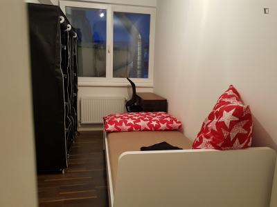 Good looking single bedroom in Charlottenburg