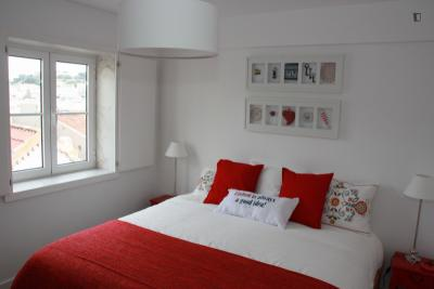 1-Bedroom apartment near Chiado metro station