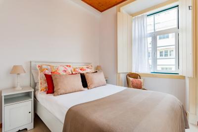 Modern 1-bedroom flat in Chiado