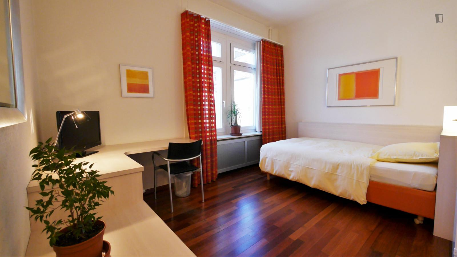 Langensteinenstrasse, Zurich, MT - 1,800 CHF/ month