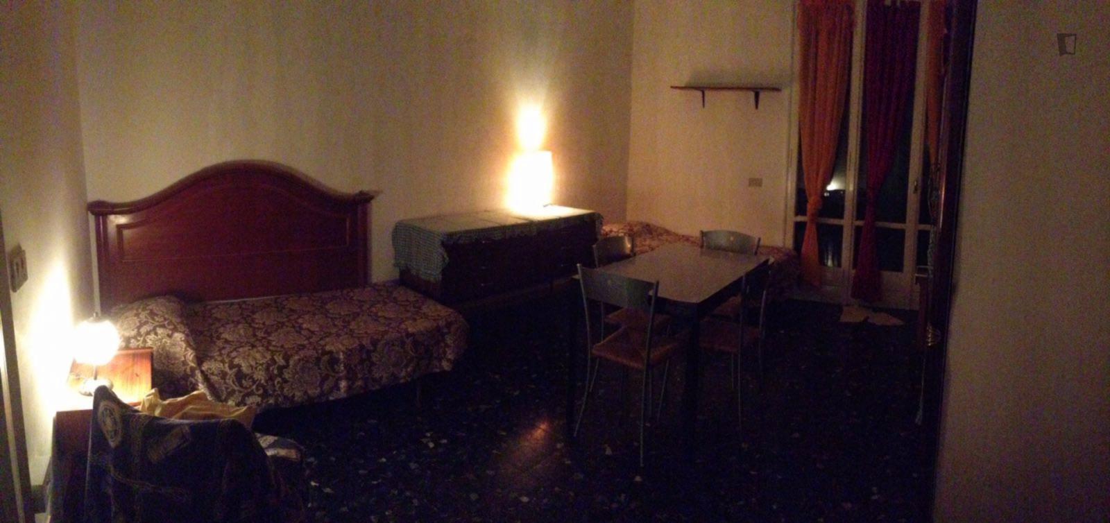 Via Luigi Gordigiani, Florence, WI - 300 USD/ month