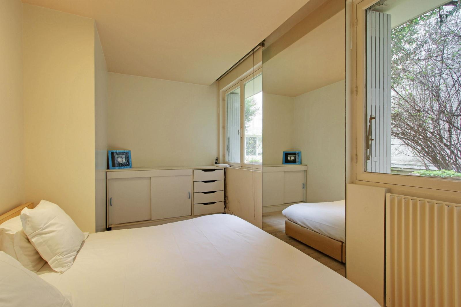 Rue Rollin, 5th arrondissement of Paris, FR-75 - 2,653 EUR/ month