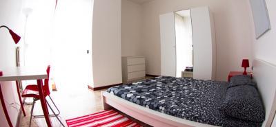 Lovely double bedroom in a 4-bedroom flat, in Primaticcio