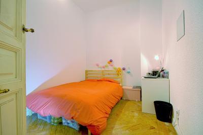 Mellow double bedroom near the historic Palacio Real de Madrid
