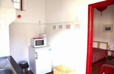 Inviting 1-bedroom apartment close to Nova SBE Carcavelos
