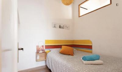 Nice 1-bedroom apartment near Drassanes metro station