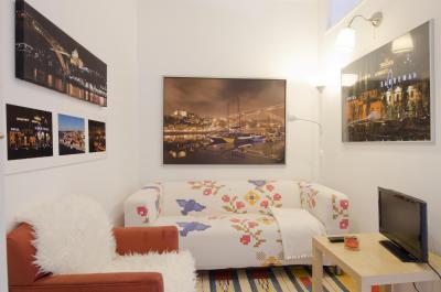 Friendly 3-bedroom apartment near Quinta das Conchas metro station