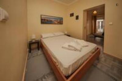Great 2-bedroom apartment close to Restauradores metro station