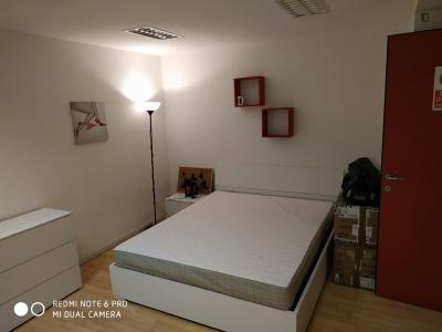 Nice double bedroom close to Porto di Mare metro station