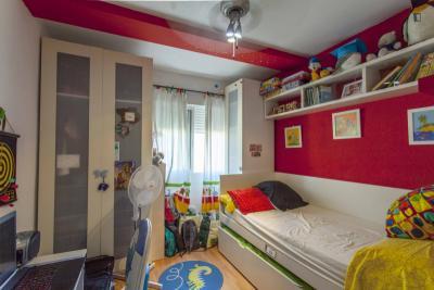 Cosy single bedroom close to Campanar metro station