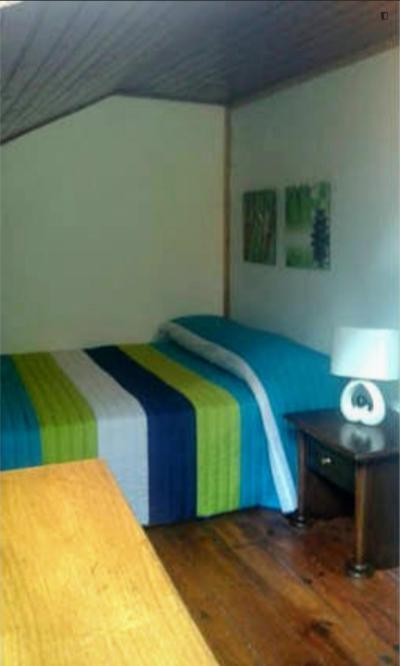 Double bedroom in Estrela