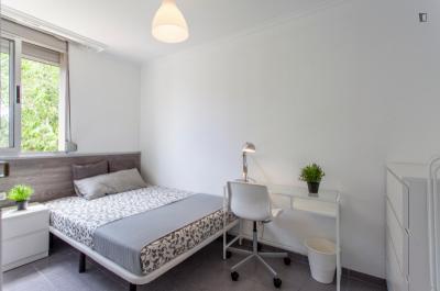 Great double bedroom close to Instituto de Biomecánica de Valencia