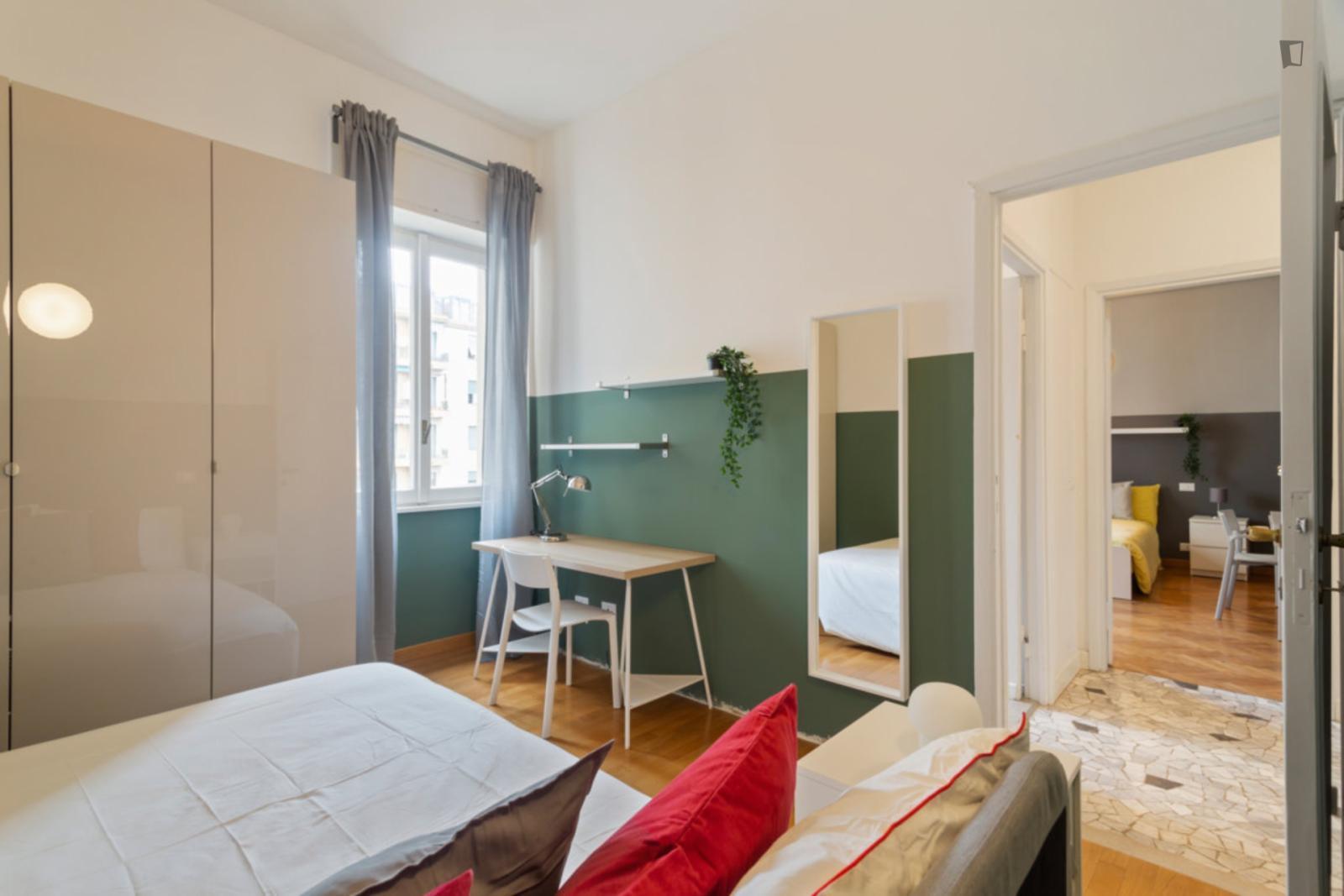 Viale Vittorio Veneto, Milan, TN - 640 USD/ month