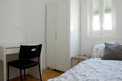 Single bedroom in awesome Salamanca